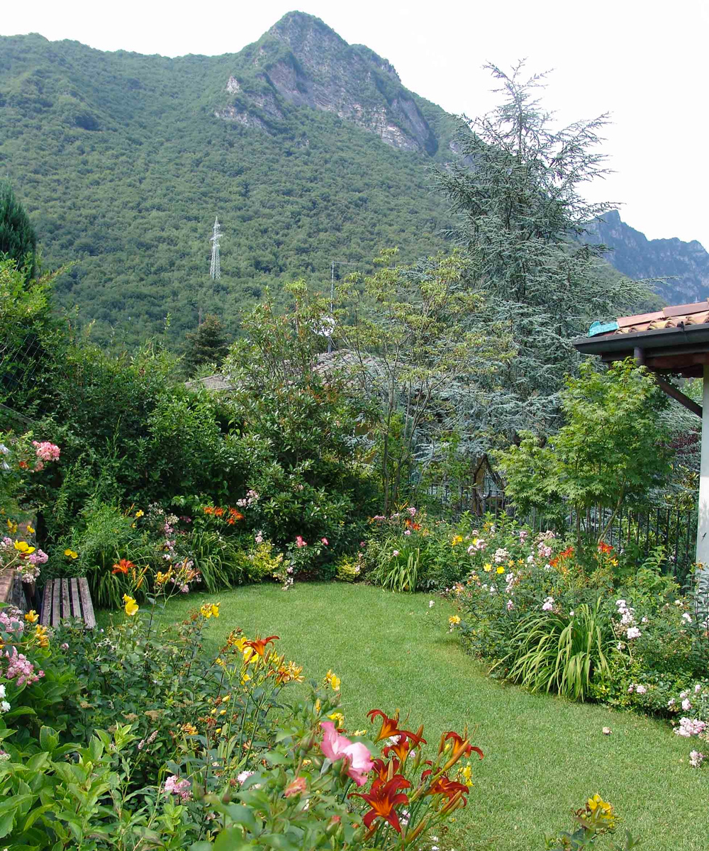 Giardino in montagna by Paghera